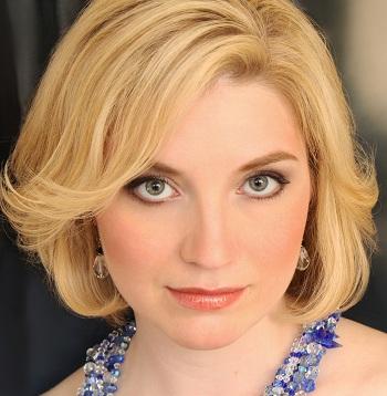Maureen Zoltek headshot